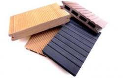 pannelli in legno riciclato (www.plasticwood.it)