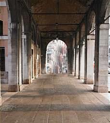 Un portico classico