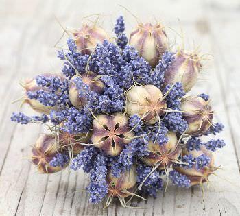 bricolage al femminile: fiori secchi