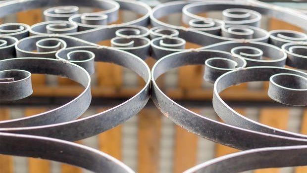 Elementi artistici in ferro battuto