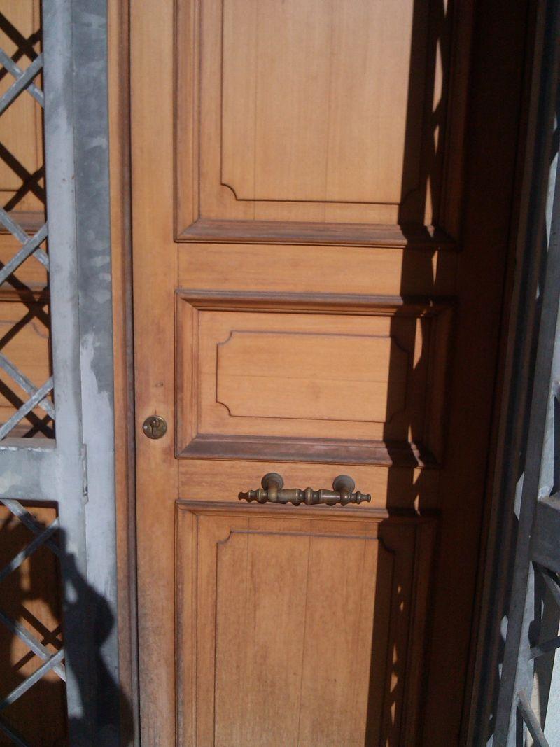 Quanto costa restaurare una porta in legno terminali - Quanto costa una porta a scrigno ...