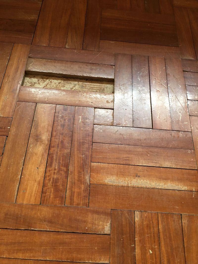 Battiscopa Staccato Dal Pavimento parquet su pavimento esistente