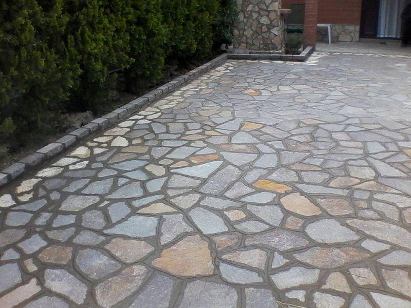 Fornitura lastricato in porfido, Marino di Roma 1