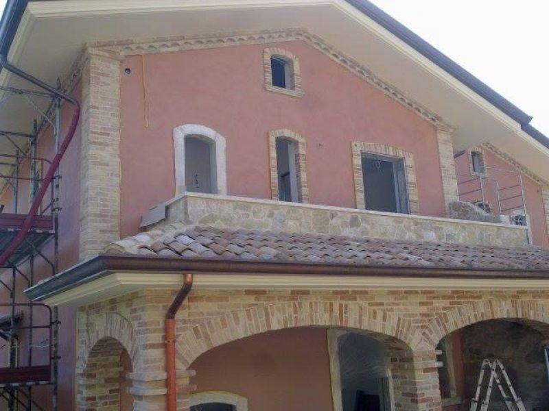 Rivestimenti di pietra montana, Marino di Roma 4