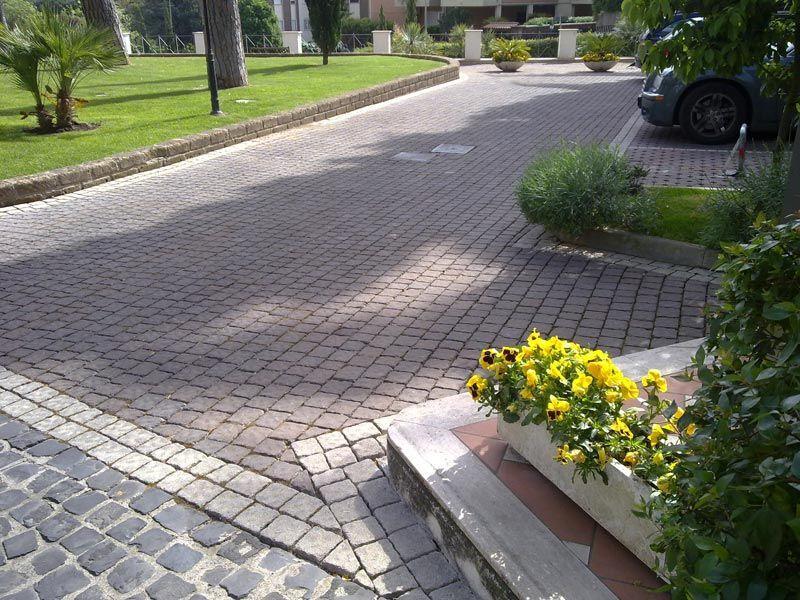 Pavimentazione per esterno, masselli autobloccanti, Marino di Roma 6