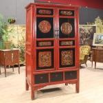 Armadio cinese in legno laccato del xx