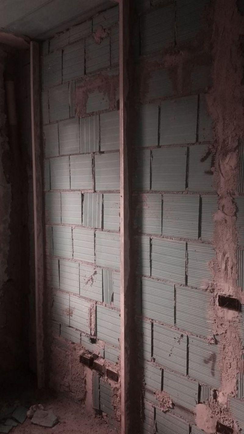 Abbattere Muro Portante Costi prezzo: demolizione tramezzi in forati lucca - prezzo