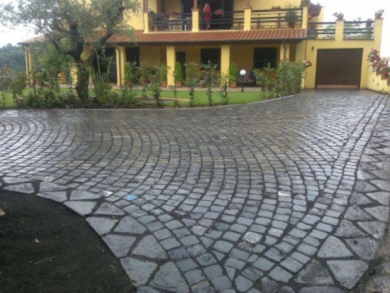 Basolato pietra lavica Marino di Roma 1
