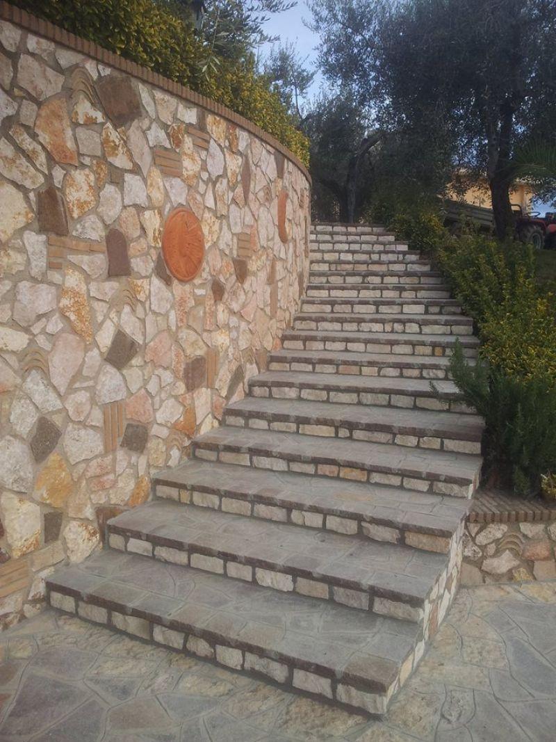 Rivestire con la pietra di Trani, Marino di Roma 2