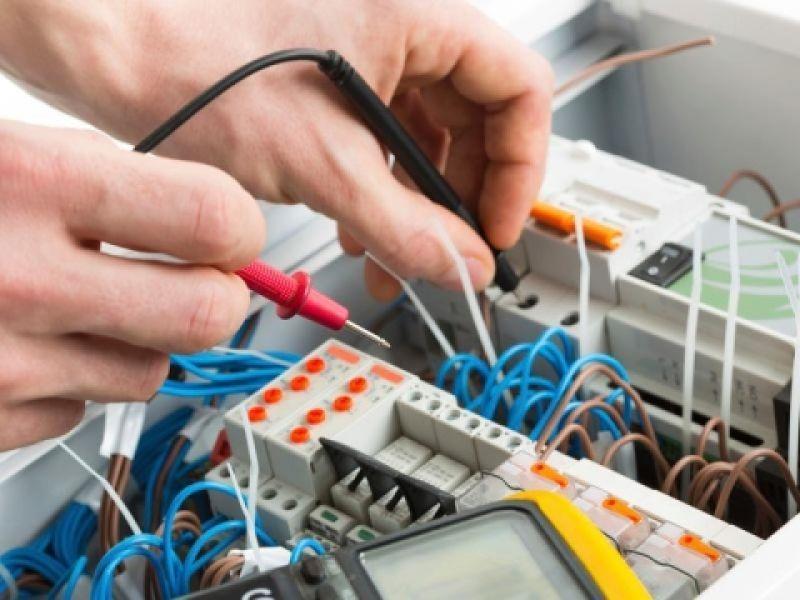 Installazione e manutenzione impianti elettrici a Milano 1