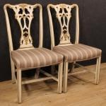 Coppia di sedie italiane laccate e dorate