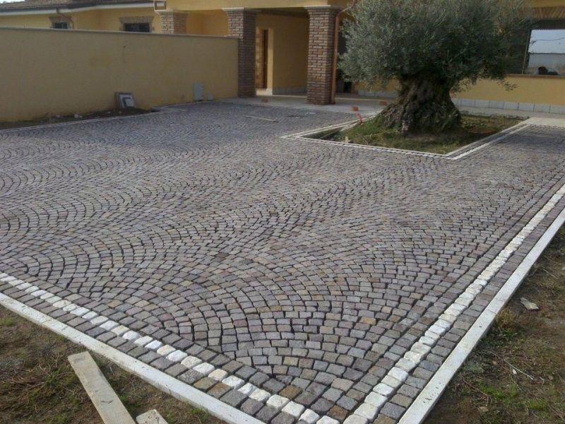 Fornitura e posa cubetti di porfido Marino di Roma 2