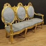 Grande divano italiano in legno dorato