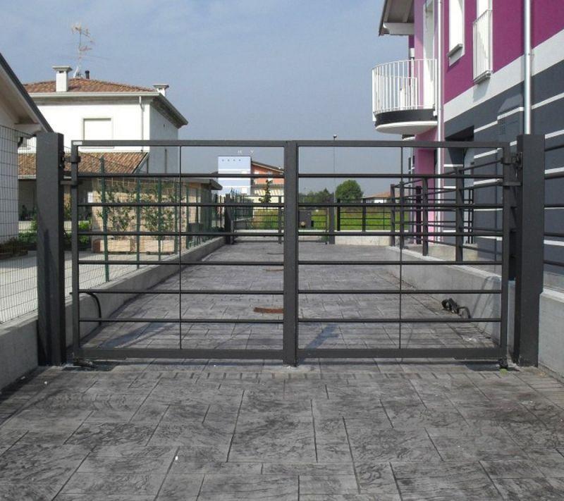 Cancello carraio Mantova 1