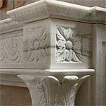Cornici camini in marmo