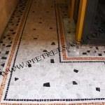 Pavimento a mosaico e palladiana di marmo