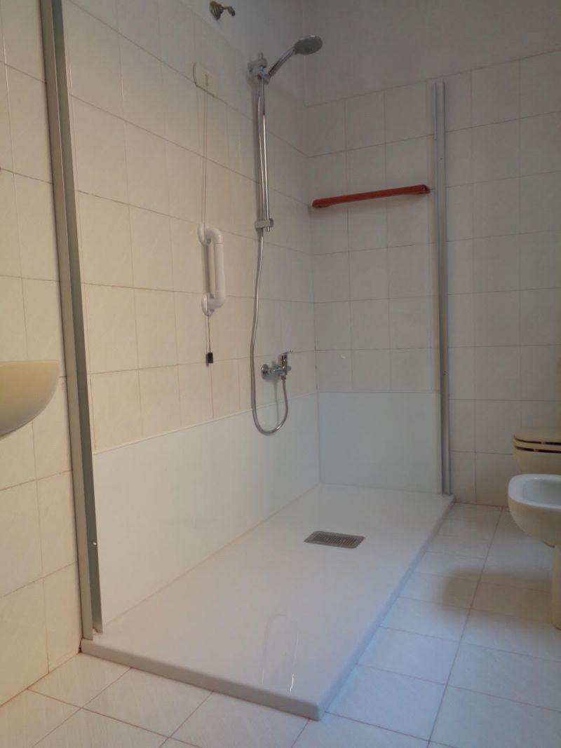 Convertire la vasca in box doccia Roma 4
