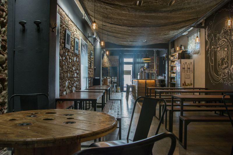 Ristrutturazione negozi e pub Milano e provincia 4