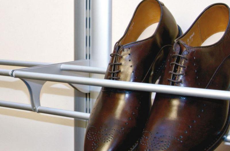 Cabina armadio con sostegno per scarpe 2