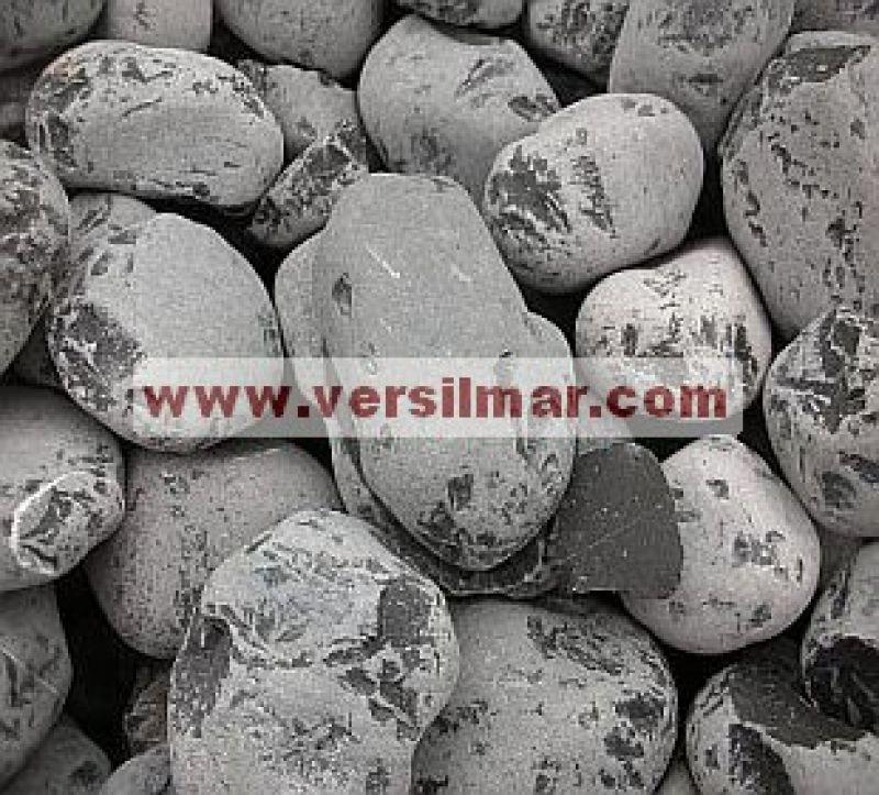 Ciottoli di nero ebano mm. 25-40 1