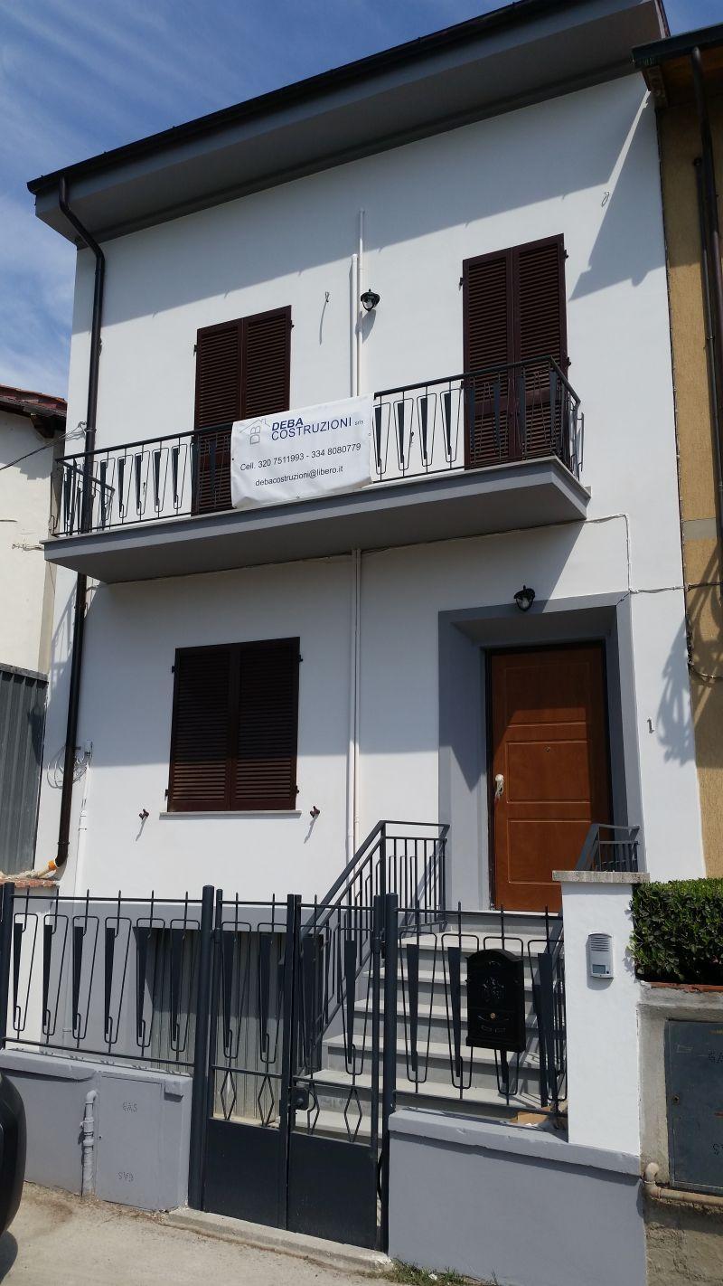 Ristrutturazione della facciata di un immobile Prato e provincia 2