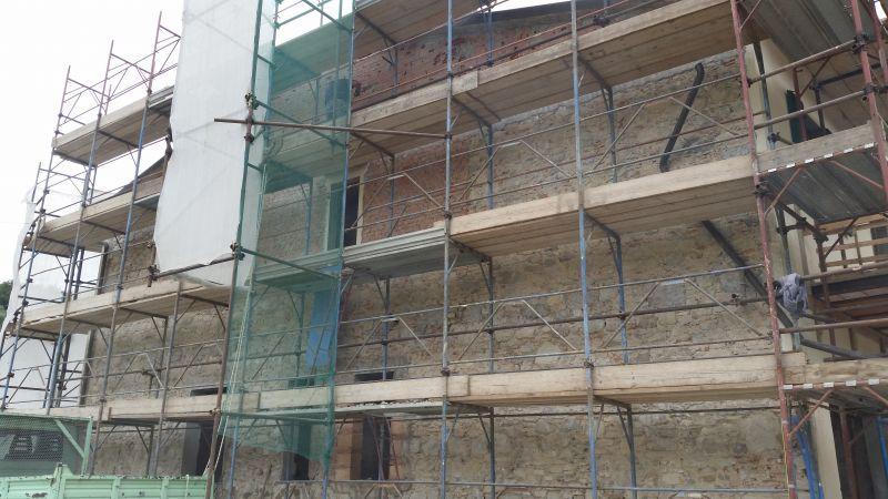 Ristrutturazione della facciata di un immobile Prato e provincia 3