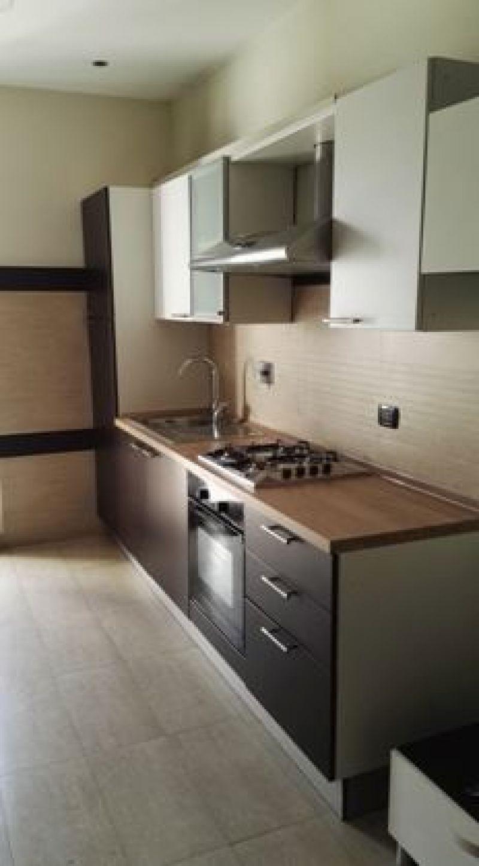 Posa pavimento e rivestimento cucina Roma 1