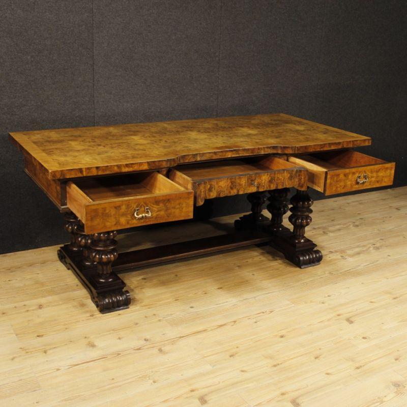Scrittoio antico di legno 12