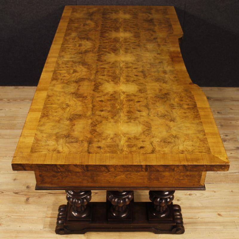 Scrittoio antico di legno 8