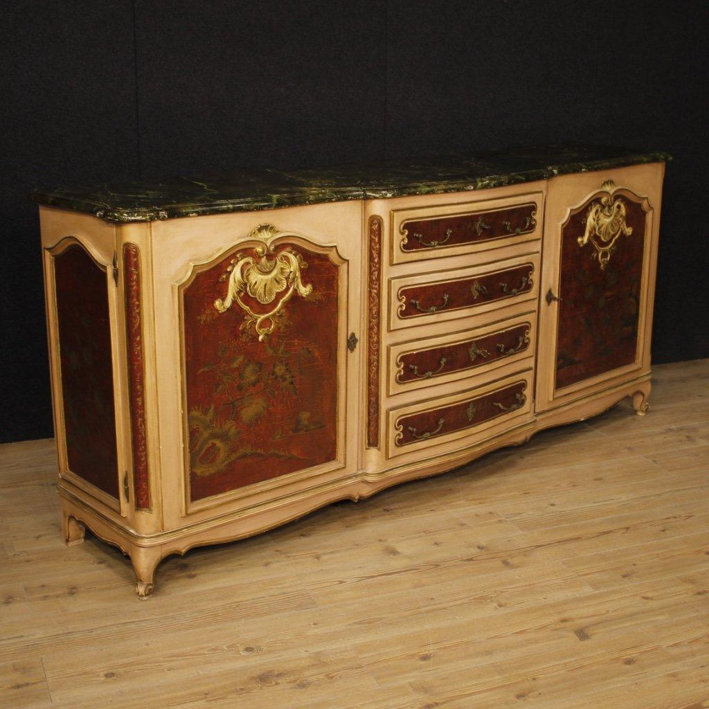 Credenza veneziana in legno laccato e dipinto 1