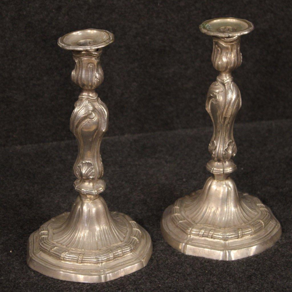 Coppia di candelabri italiani in metallo argentato 1