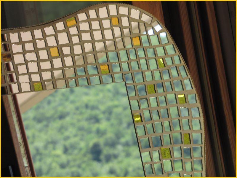 Prezzo Specchio D Arte In Mosaico Onde Preziose