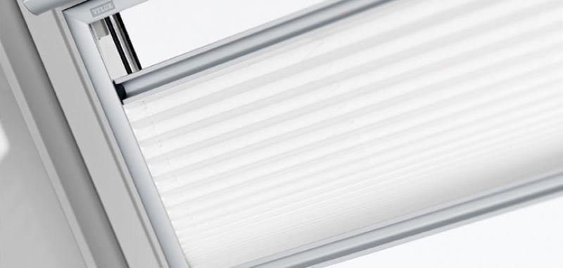Tenda filtrante plissettata VELUX 1