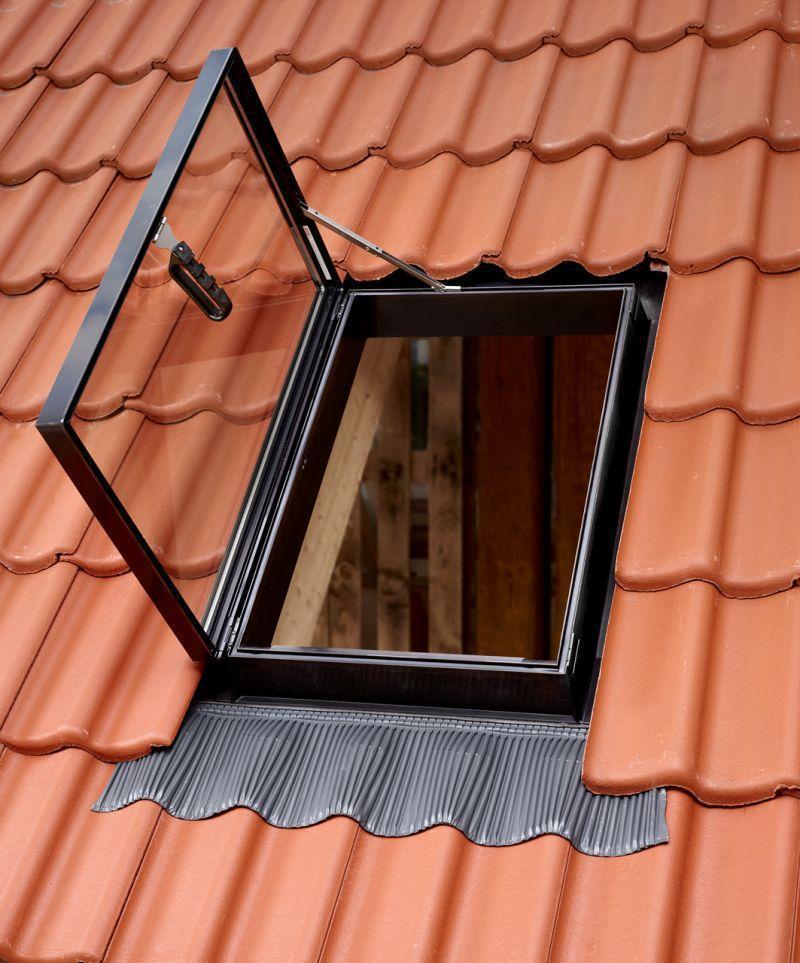 Prezzo finestra per uscita tetto velux for Velux tetto