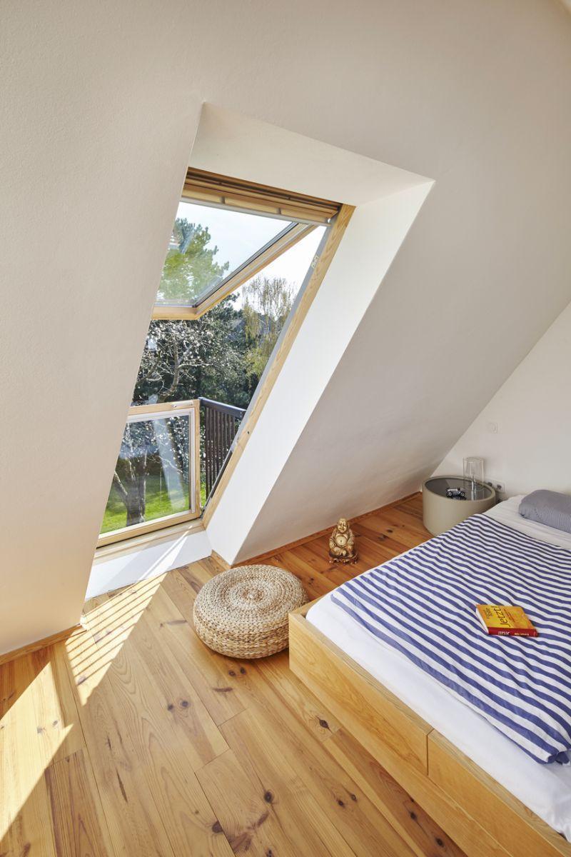 Prezzo finestra per tetti velux a doppia apertura manuale for Prezzi finestre per tetti