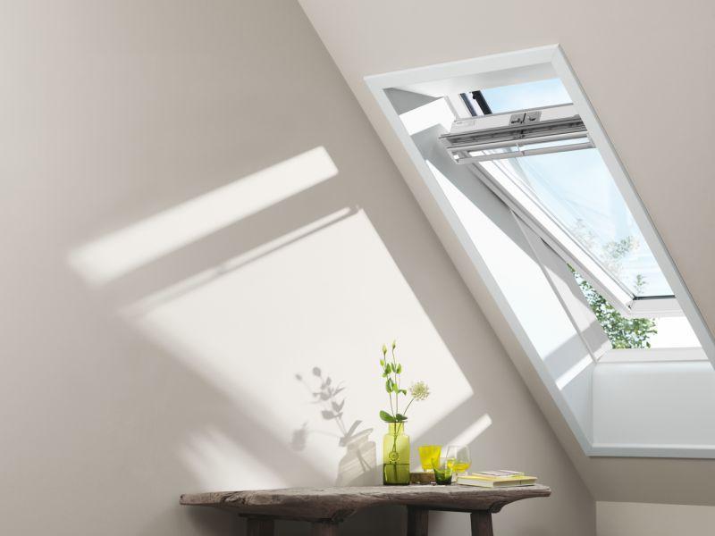Finestra per tetti VELUX a bilico manuale 1