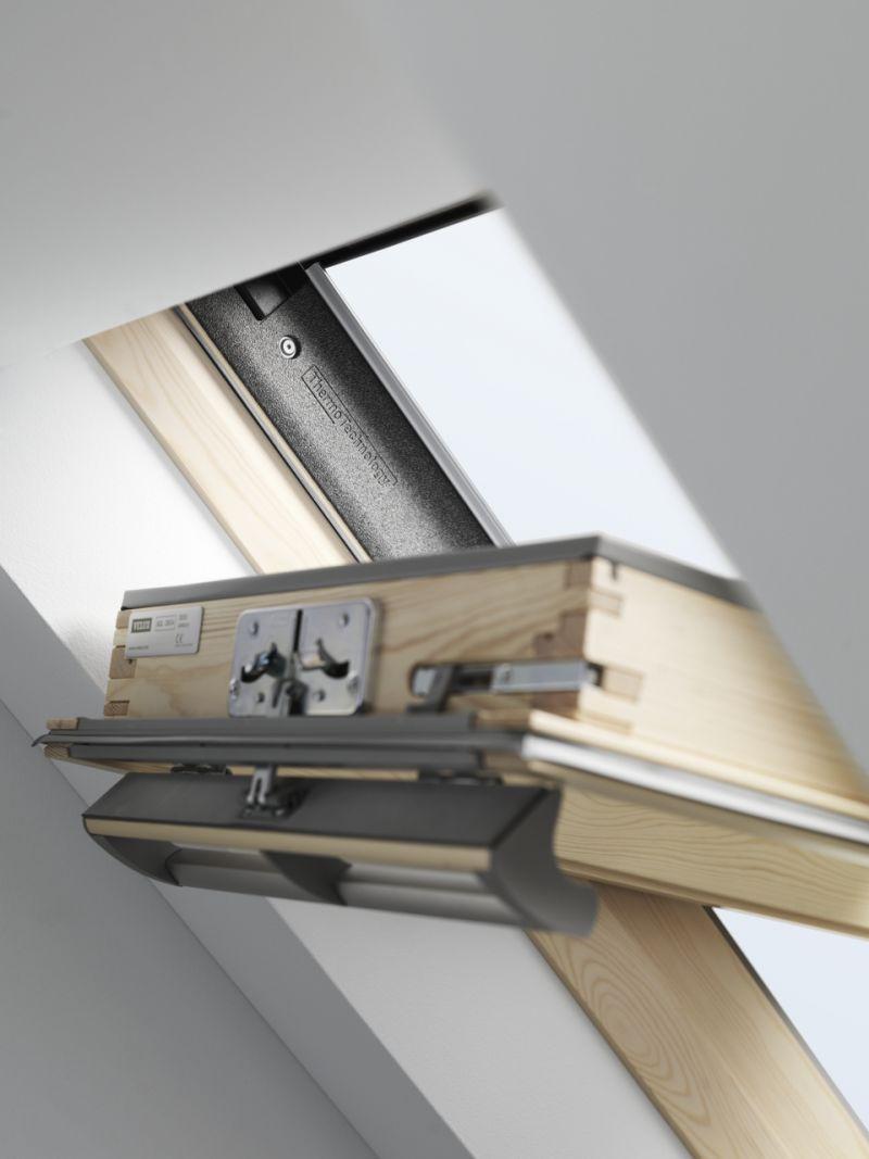Finestra per tetti VELUX a bilico manuale 2