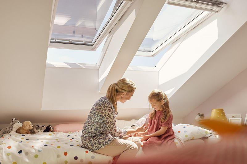 Finestra per tetti VELUX a bilico manuale 7