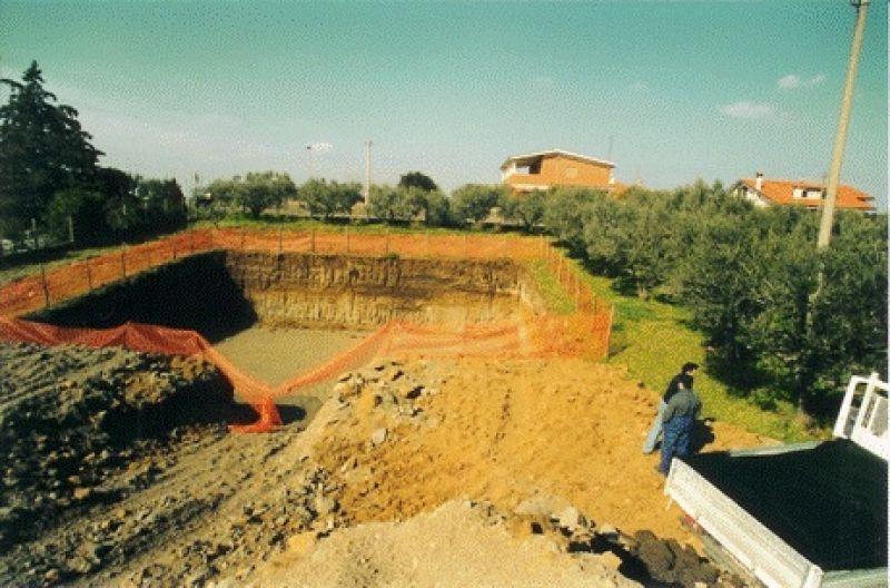 Movimento terra Roma 1