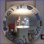 Specchio specchiera tonda in mosaico blu da bagno