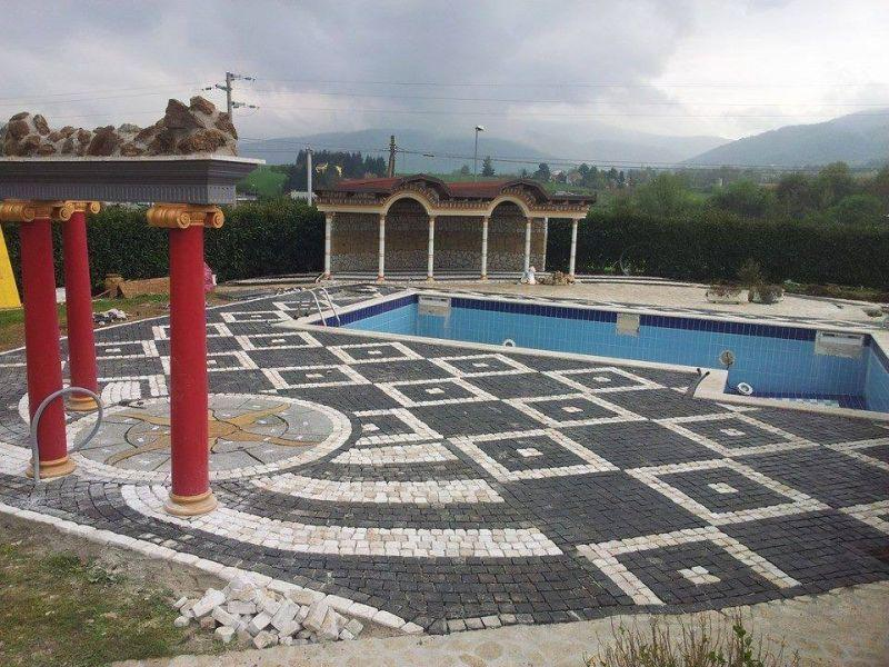 Pavimento a mosaico Marino di Roma 1