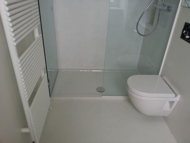 Prezzo bagno in resina pesaro urbino - Bagno in resina costi ...