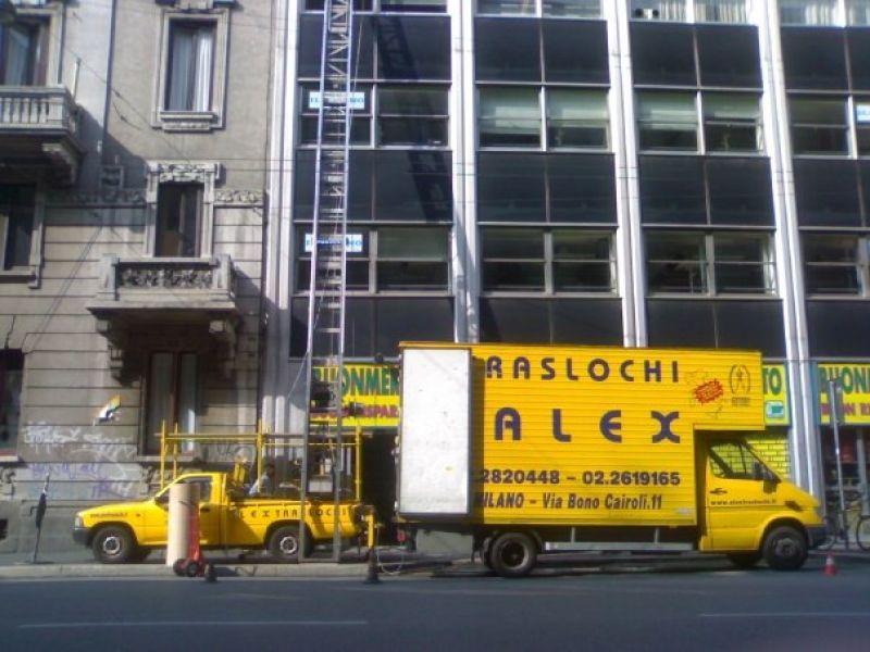 Deposito e custodia dei mobili Milano 4