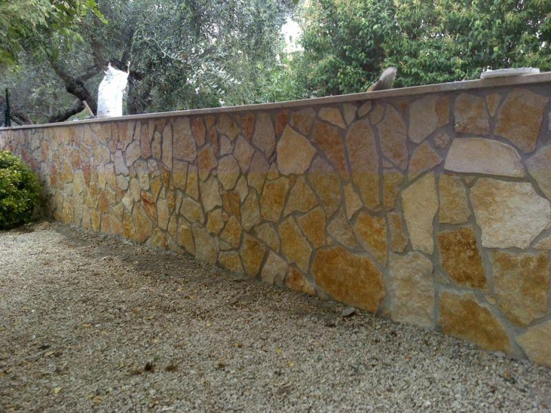 Rivestimento in pietra di Trani, Marino di Roma 5