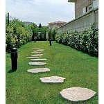 Prezzo camminamento giardino simile pietra - Camminamento pietra giardino ...