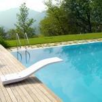 Trampolini e scivoli per piscine